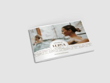 création graphique de la plaquette de Luzéa par l'agence de communication Nowooo